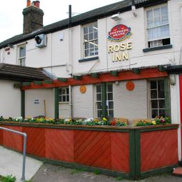 The Rose Inn Rainham Exterior